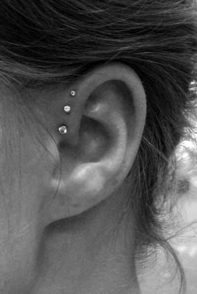 modelos de piercings na orelha